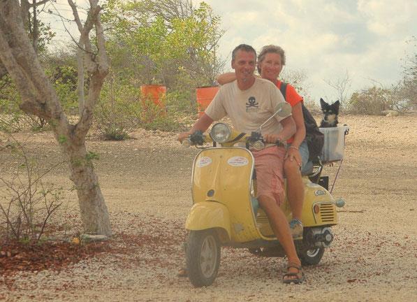 Die gesamte Crew            ( 2013 auf Bonaire )