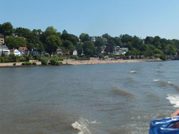 plage au bord de l'Elbe