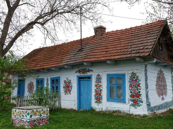 Volkskunst op de huizen in Zalipie