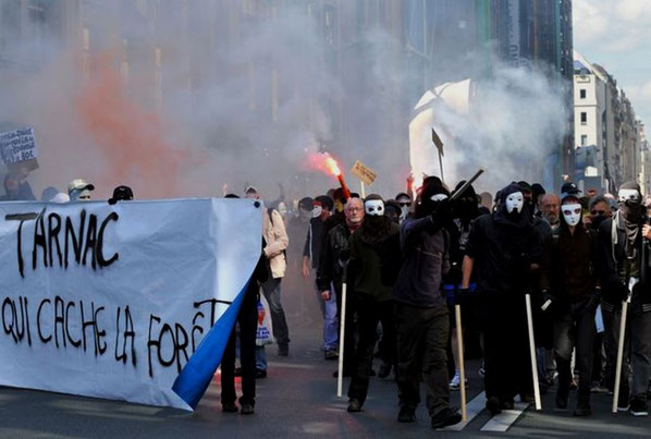 Autonom solidaritet med de fængslede aktivister fra Tarnac Paris, 21. juni 2009