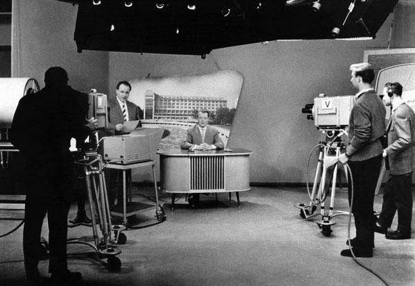 Die rbb Abendschau. Ein Besuch im Sendezentrum. Die Erstsendung 1958.