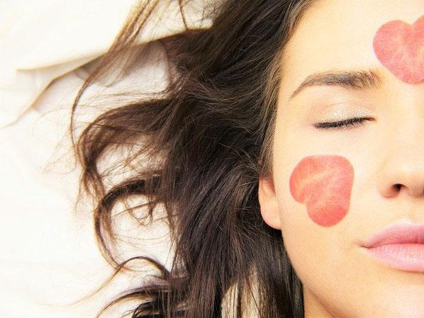 Schönheitspflege und kosmetische Hautpflegebehandlungen im Kosmetikstudio Hautnah in Leun