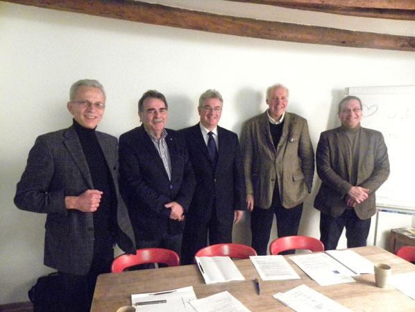 v.l.n.r.: Aufsichtsrat: Friedhelm Kückels (Vorsitzender), Erich Hansen, Peter Hirth; Vorstand: Peter Feyen (Vorsitzender), Ingo Grenzstein