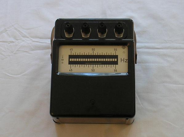 EAW Elektr. Werk Treptow DDR  Zungenfrequenz Messgerät