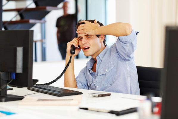 Mitarbeitende machen vermehrt auf fehlendes Kommunikationsmanagement in Unternehmen aufmerksam. So stösst das viel angeführte «Selbstmanagement der Mitarbeitenden» an seine Grenzen.