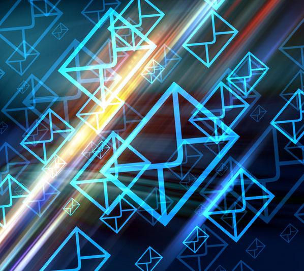 Über neun von zehn Personen nutzen die E-Mail anschaffungsbezogen im Lauf der Customer Journey. Rund 80 Prozent registrieren sich mit ihrer E-Mail-Adresse für Newsletter oder Online-Shops.