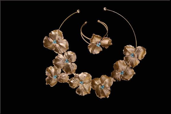 Collier et bracelet, cuivre doré à l'or et turquoises