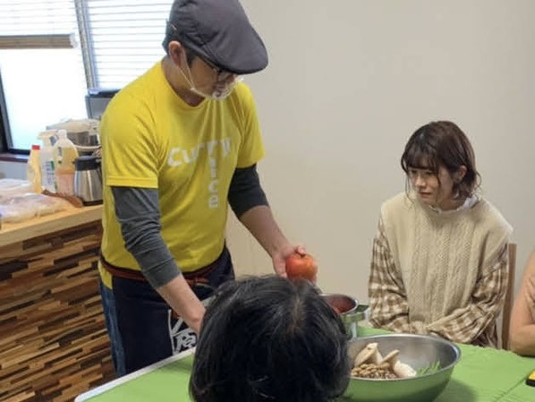 長野県のキノコのお話や長野県民流りんごの切り方も教えてもらいました。