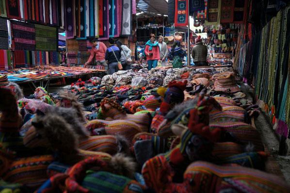 Au rayon artisanat - marché de Bac Ha