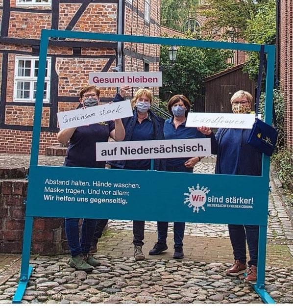v.l. Petra Behr (KV Stade), Kerstin Wohlers, Elisabeth Alpers-Janke (beide LFV Auf dem Delm), Adelheid Balthasar (KV Stade)