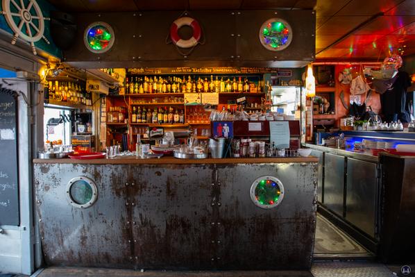 Blick auf die Bar der Ankerklause.