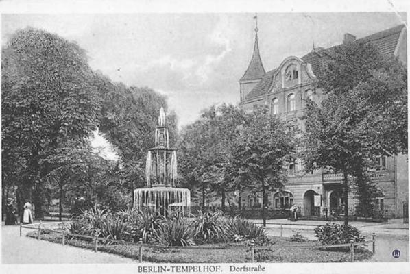 Postkarte der Dorfstraße (heute Alt-Tempelhof) in Tempelhof.