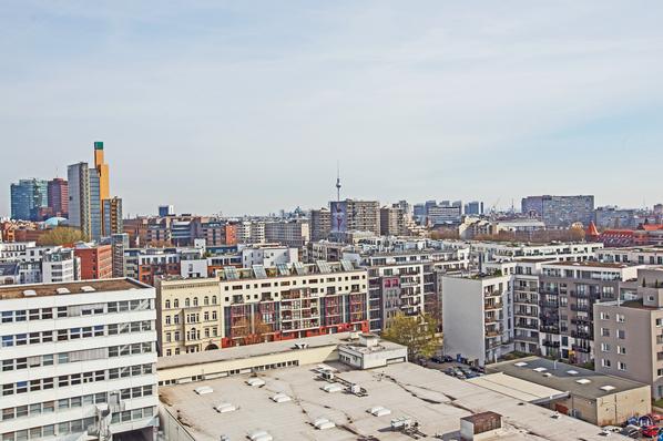 Blick vom Dach der Lützowstraße. FDebis - Tower, Fernsehturm, Reichsbahndirektion Berlin