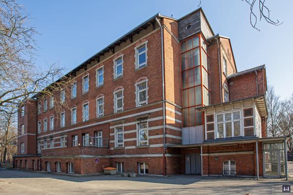Die Kuranstalt Berolinum an der Lankwitzer Leonorenstraße. Blick auf das Haus für männliche Pensionäre.