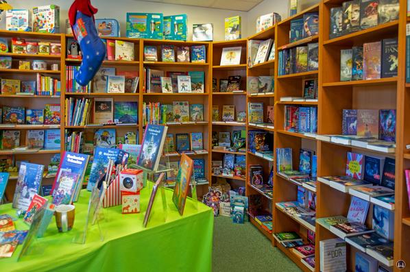 Blick in die Kinderbuchabteilung der Blankenfelder Bücherstube.
