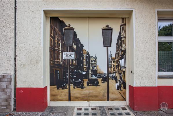 Street Art in Berlin. Zu schön, um wegzusehen. Alt-Berliner Motiv in der Freiligrathstraße.