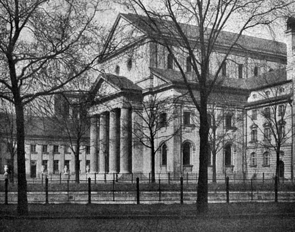 Synagoge Fraenkelufer. Ansicht vor dem zweiten Weltkrieg.