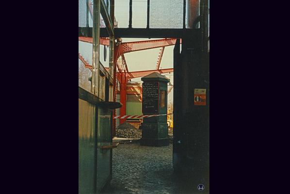 Der Bahnhof Lichtenrade. UMbau 1984. Renovierung des Bahnsteigdachs.