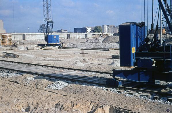 Bau der Fundamente.