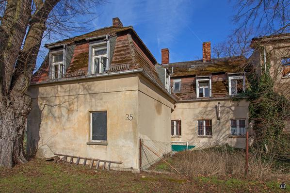 Historischer Gutshof Schloss Dahlewitz. Linker Seitenflügel.