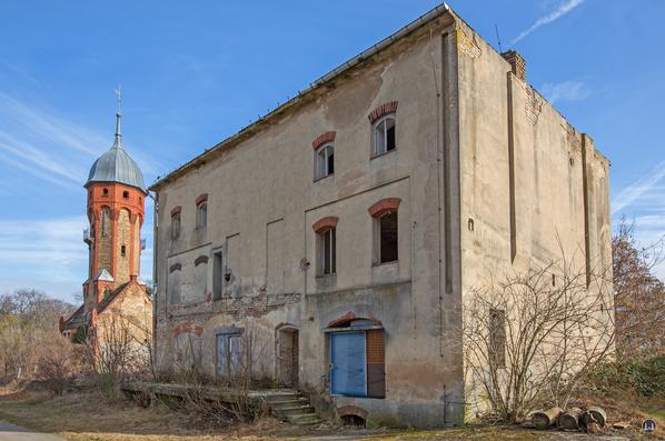 Historischer Gutshof Schloss Dahlewitz. Das alte Lagerhaus.