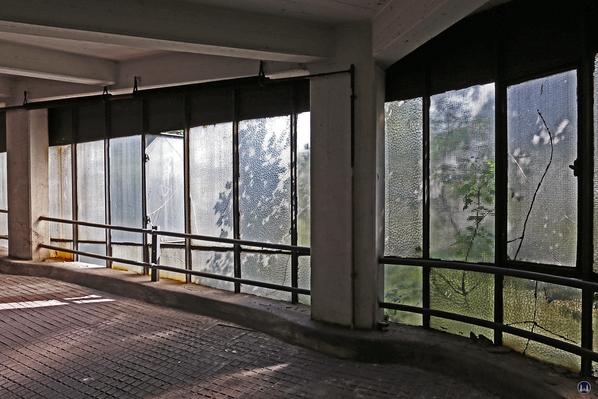 Ist Denkmalschutz nur ein anderer Begriff für Bauerwartungsland? Vorerst gerettet: Der Kant-Garagen-Palast.
