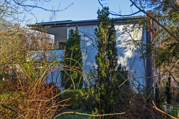 Bruno Taut, Blankenfelde - Mahlow. Gartenseite.