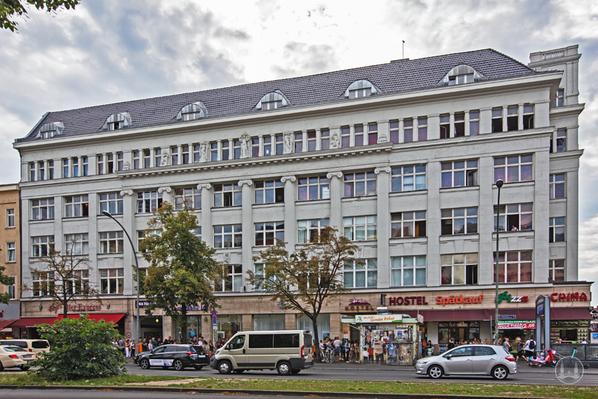 """Das Haus der """"Dachluke"""" am Mehringdamm - einst einer der Clubs von Nero Brandenburg"""