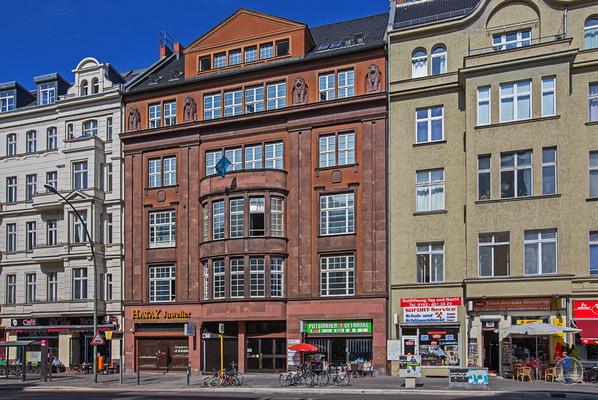 Ehemalige Zentrale von Carisch Kaffee in der Potsdamer Straße.