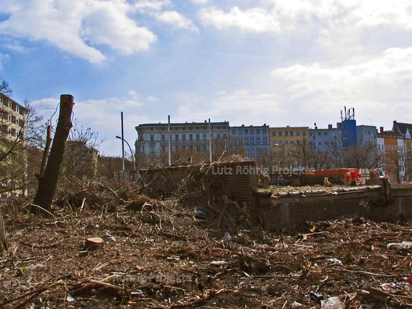 Zollpackhof der Anhalter Bahn, Berlin, Yorckstraße. Letzte Reste der Gleisseite.
