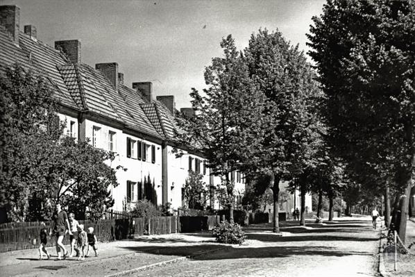 Erich-Klausener-Straße 1970.