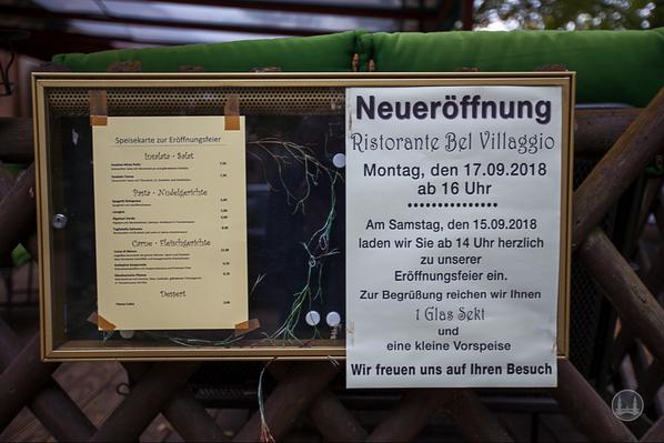 """Das Schlächterhaus Alt - Marienfelde 41 in Berlin. Eröffnung des """"Restaurante Bel Villaggio""""."""