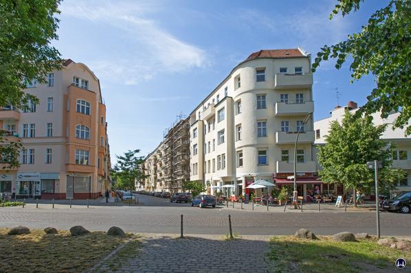 Gewerbehof Körtestraße 10. Die beiden Eckgebäude zur Freiligrathstraße.
