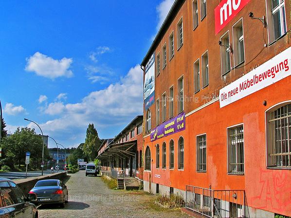 Zollpackhof der Anhalter Bahn, Berlin, Yorckstraße. Kopfbau und Laderampe.