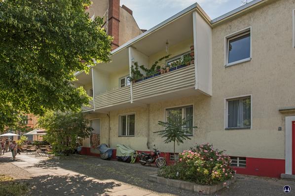 Gewerbehof Körtestraße 10 in Berlin - Kreuzberg. Nachbargebäude Körtestraße 12.