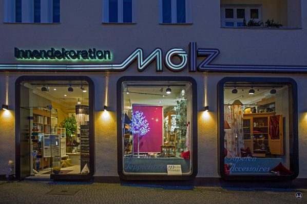 Molz Raumdesign Berlin an der Ecke zur Kaiserstraße in Tempelhof
