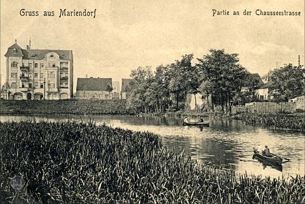 Berlin, Bauerngehöft Mariendorfer Damm 106. Alte Postkarte mit Blick auf das Haus.