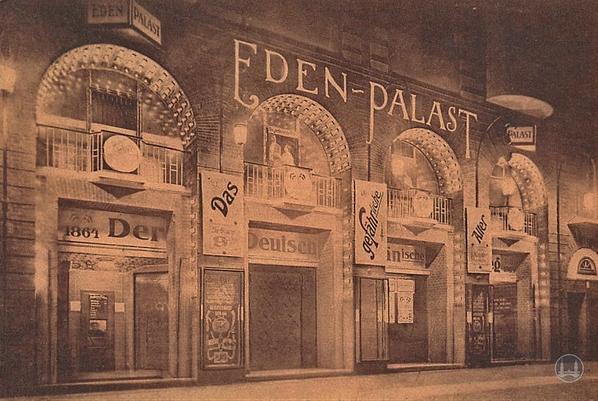 Bruno Taut Haus Berlin-Kreuzberg. Fassade Kino Eden-Palast am Kottbusser Damm.