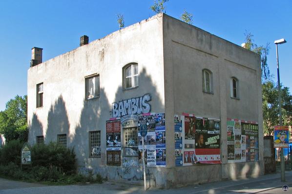 Gebäude von 1900 an der Schöneberger Straße.