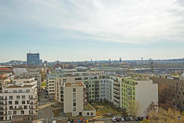 Dach der Lützowstraße. Postscheckamt, Flughafen Tempelhof