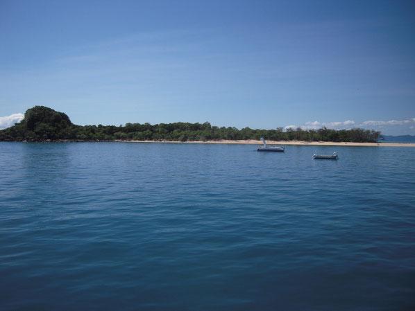 ノーマンビー島の全景写真