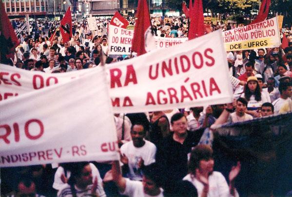 Landarbejderdemonstration mod storgodsejerne i Rio Grande do Sul