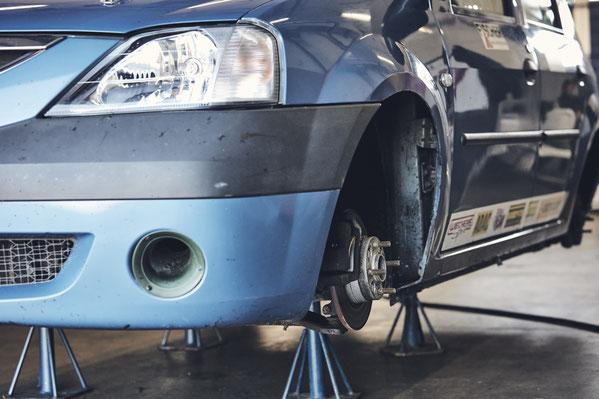 Rennsport Dennis Bröker ADAC Dacia Logan Cup 2018 Motorsportarena Oschersleben Bad Salzuflen