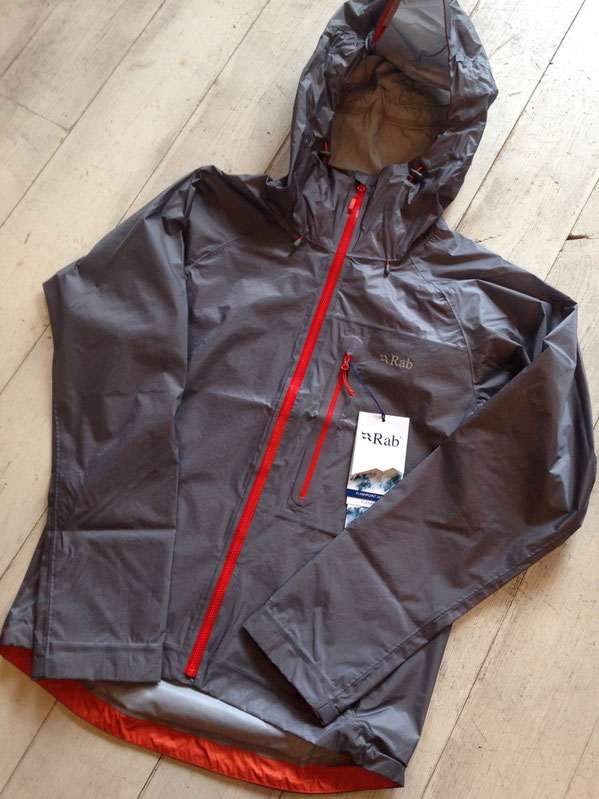Rab(ラブ) Flashpoint Jacket (Zinc) ¥38,880(税込)
