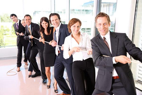 Teampädagogik und Team-Building: Alles für ein starkes Team. Wir helfen, Teams zu bilden, zu festigen, Konflikte zu klären und zu beseitigen, Teams zu motivieren und zu Höchstleistung zu bringen