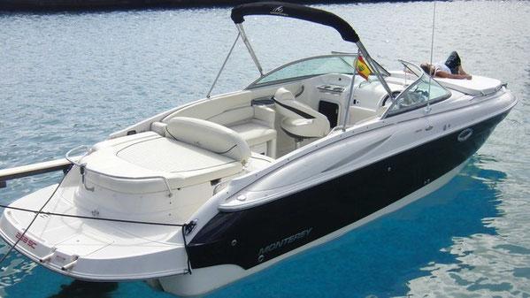 Barco de alquiler con camarote