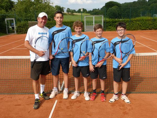 Die Meistermannschaft 2014 von links nach rechts:  Trainer Petr Brezina, Nicolas Kennemann, Lorenz Metzner, Luis Gerhardt, Michael Göller.