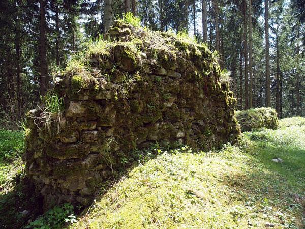 Reste der Außenmauer