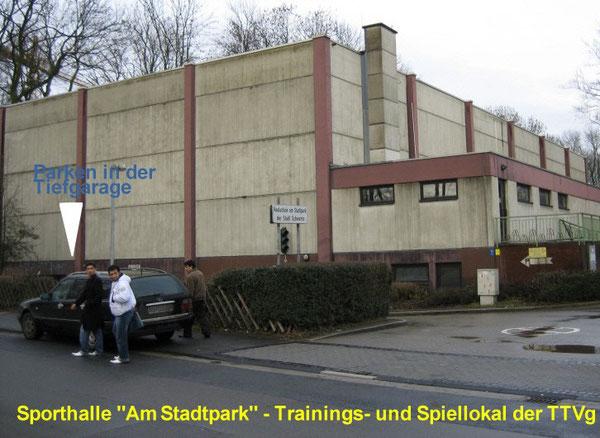 Sporthalle aus Richtung Beckestr.