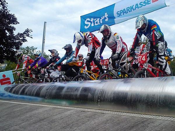 Riders ready......